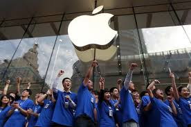 China bans government workers from using Apple products